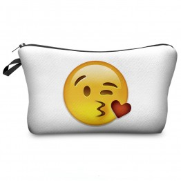 Wilky Emoji Kiss kozmetikai táska